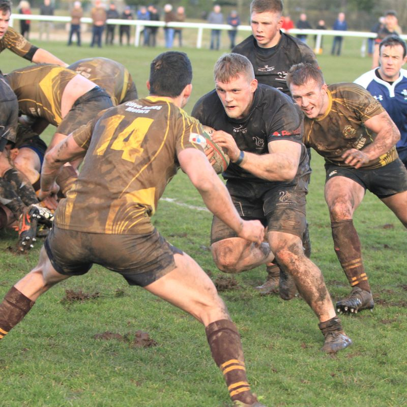 Five try Squirrels see off St Joes