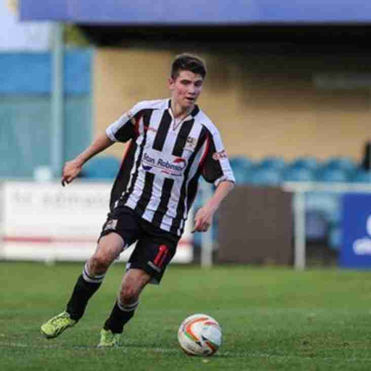 NEW SIGNING : Badgers seal loan move for Curtis