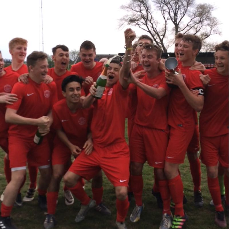 Shoreham rampant in final league game   -   Shoreham 6 - 0  Worthing United