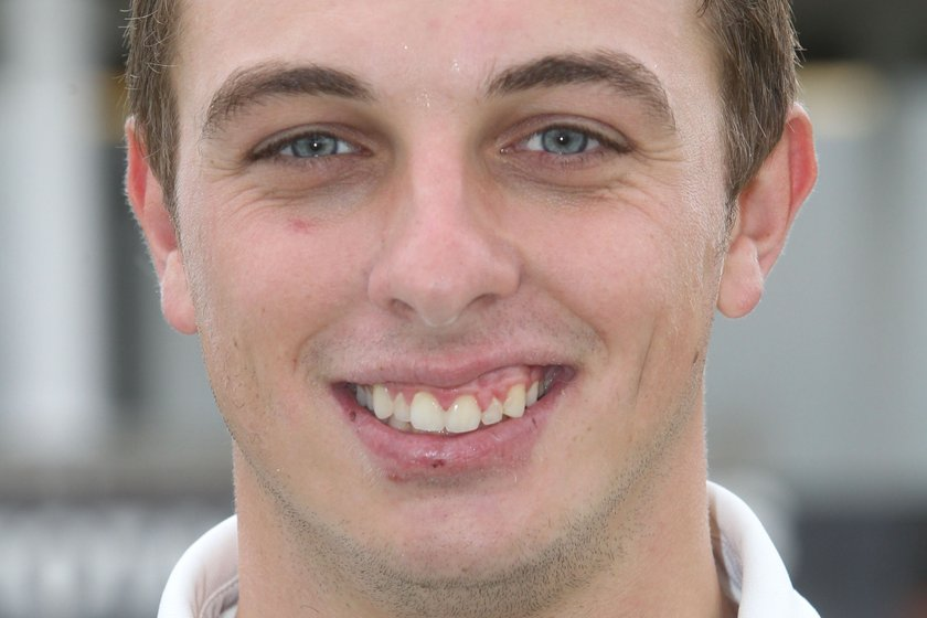 Five for Ross in Cheshire Cup win