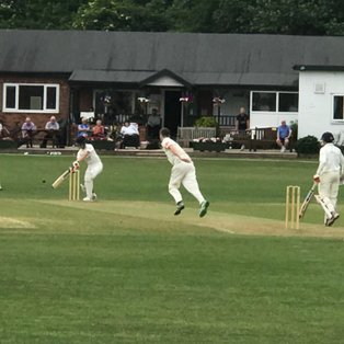 Spinners on top at Grappenhall