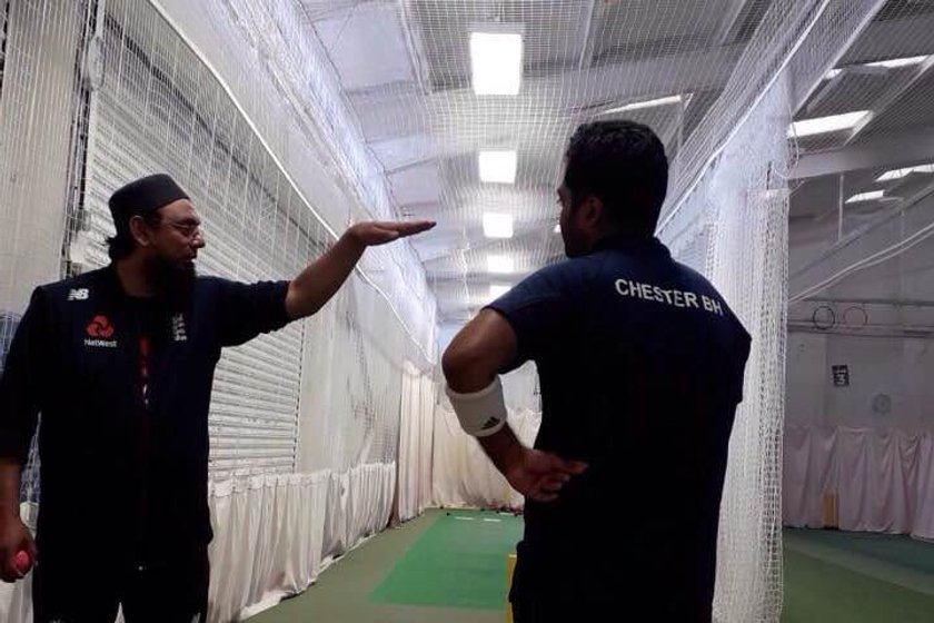 Hafijul spins with England coach