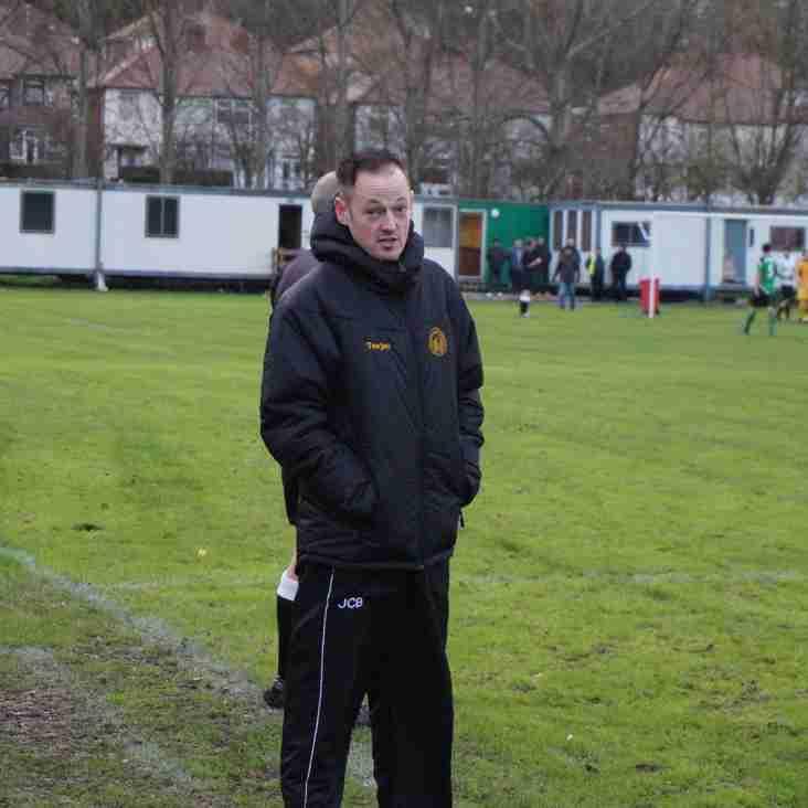 Baylis yn edrych ymlaen tuag at y tymor newydd/Baylis looking forward to the new season.