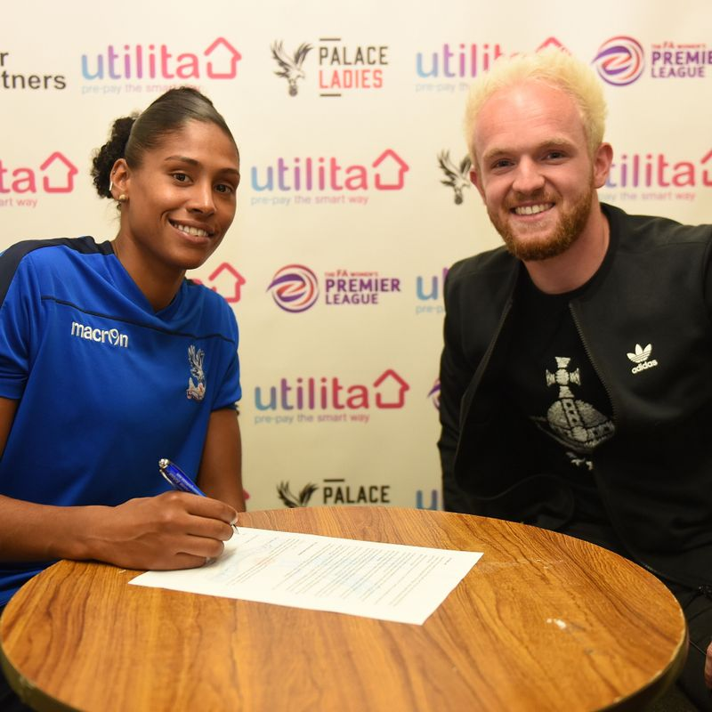 BREAKING NEWS - HOTSHOT BRYAN SIGNS AGAIN FOR PALACE