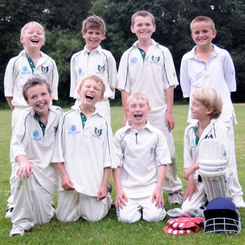 How to join Broadstone Cricket  Club Juniors and Girls 2018