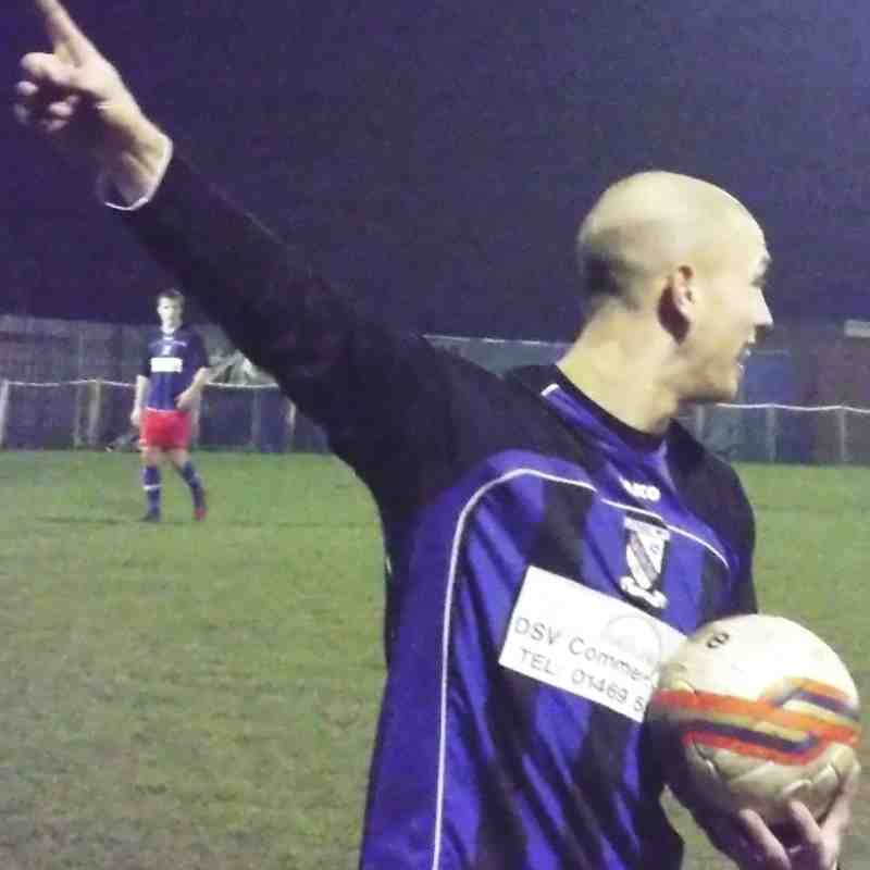 20131203 - Teversal FC v Cleethorpes Town