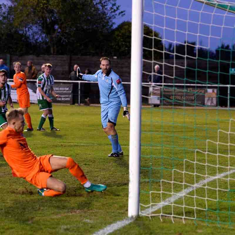 Great Wakering Rovers V Maldon & Tiptree 5/11/16