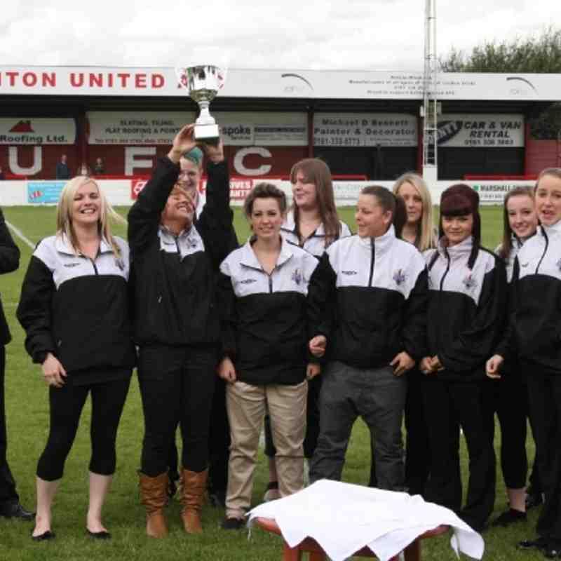 Ashton United Ladies League Title Trophy Presentation