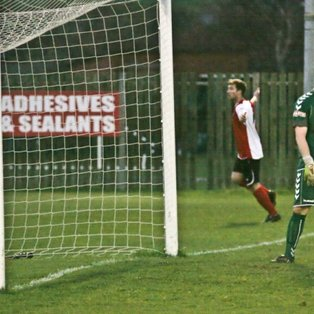 Robins Record Fine Away Win
