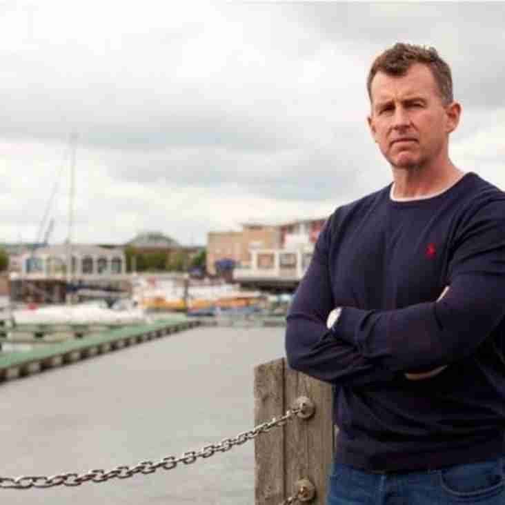 International ref Nigel Owens' ongoing bulimia battle