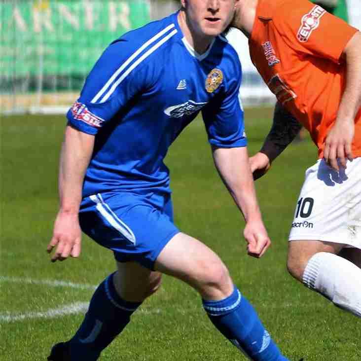 Bradshaw Remains Blue For Next Season