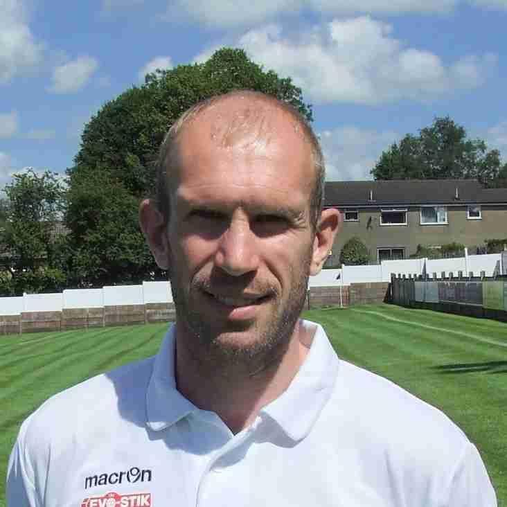 Welsh International Gareth Roberts Strengthens United