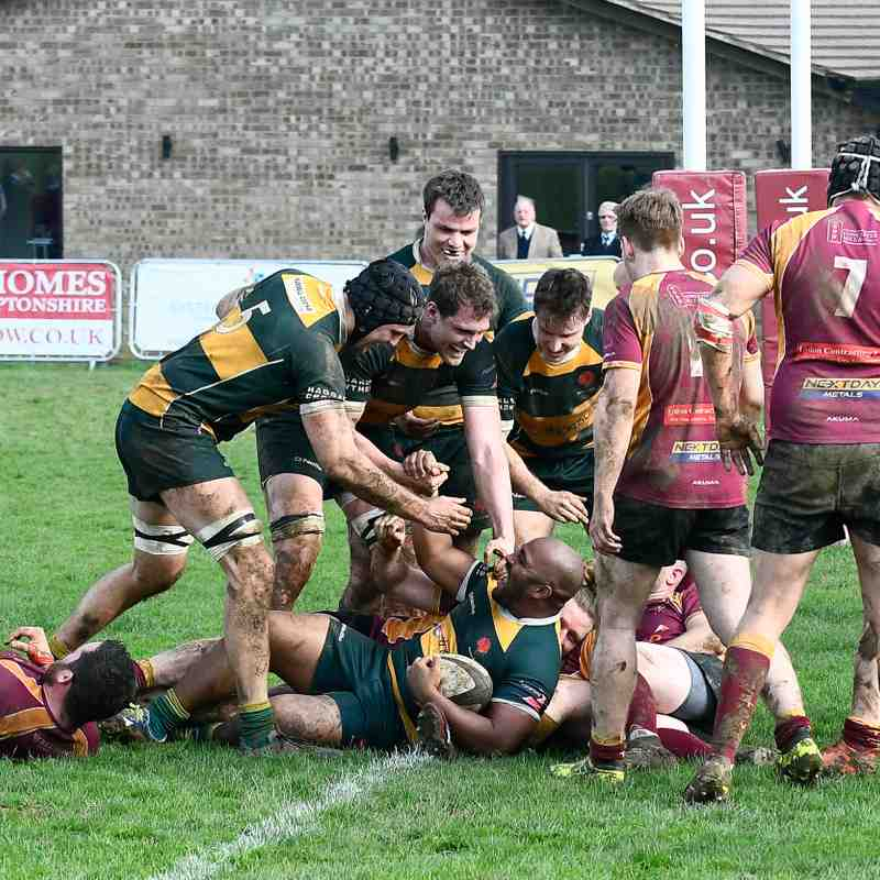Towcestrians RFC vs Barnes RFC 1st XV - 14th April 2018 - images courtesy of J.Knight