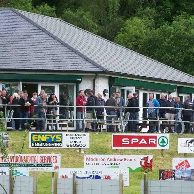 Gwynedd Cup Final - Pwllheli v Harlech - fans and pre-match
