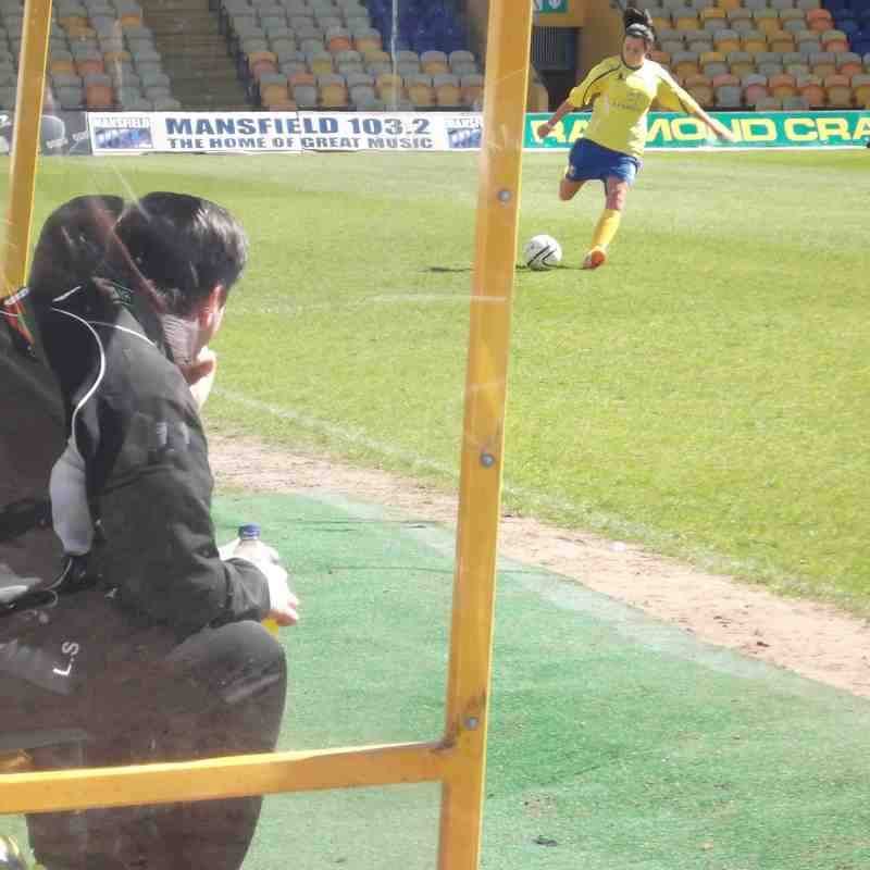 Mansfield Town LFC vs. Leafield Athletic LFC - 26.04.2015