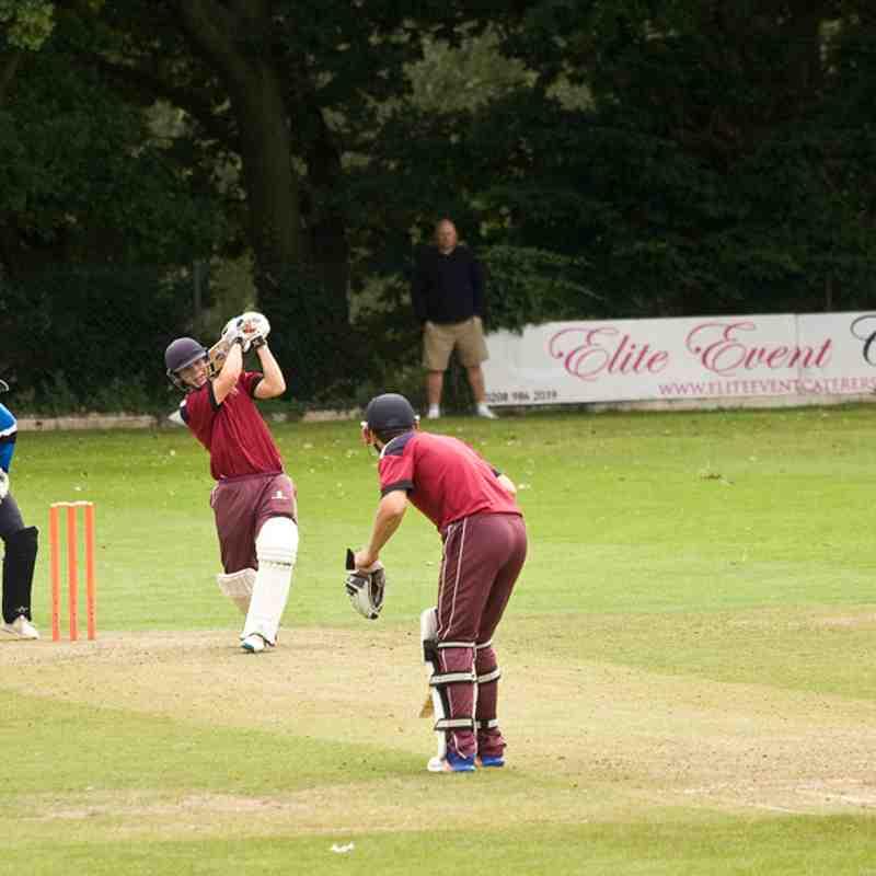 Joe C batting in T20 v Cambridge Granta