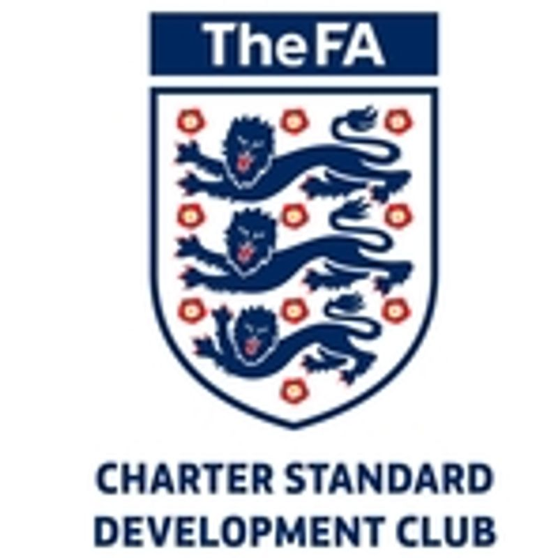 Whitstable Town Junior FC receive Charter Standard Development Club of the year 2017