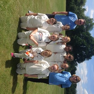 U11 Girls win Lady Taverners Tournament and lift county cup!