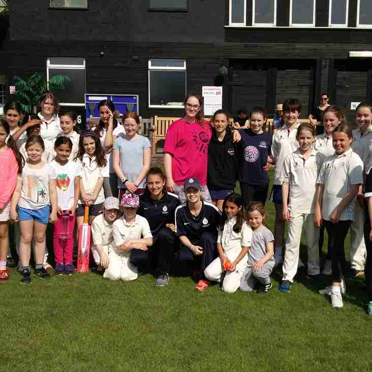 Girls Teams practice with Emma and Gaya from Middlesex Women's First Team
