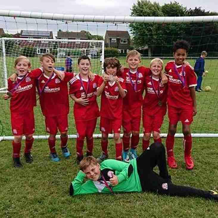 Worthing Dynamos U10's Red Team Win the Barnham Trojans tournament