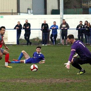 Glossop on opposite end of 1-3 scoreline