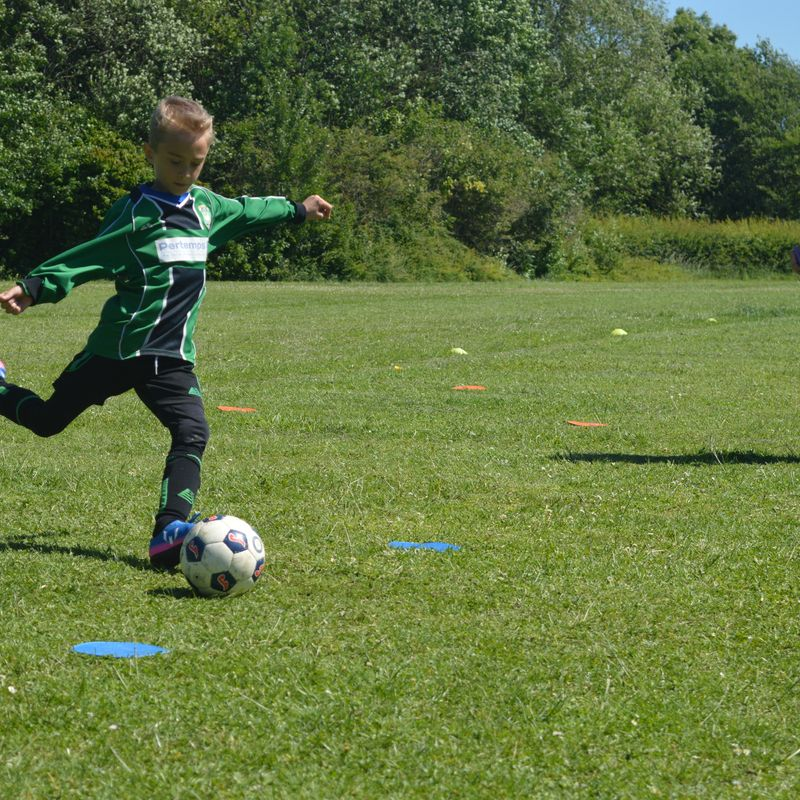 """U8s """"Spot On"""" in Charity Penalty Competition"""