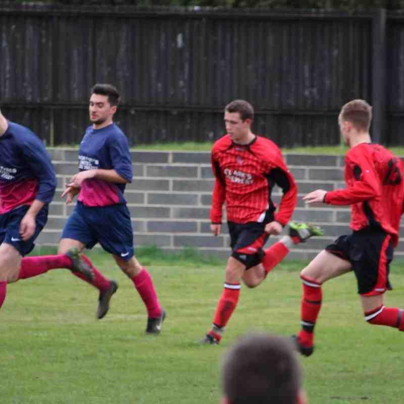 Dunscroft Utd v Houghton Main (DDFA Challenge Cup Quarter Final)