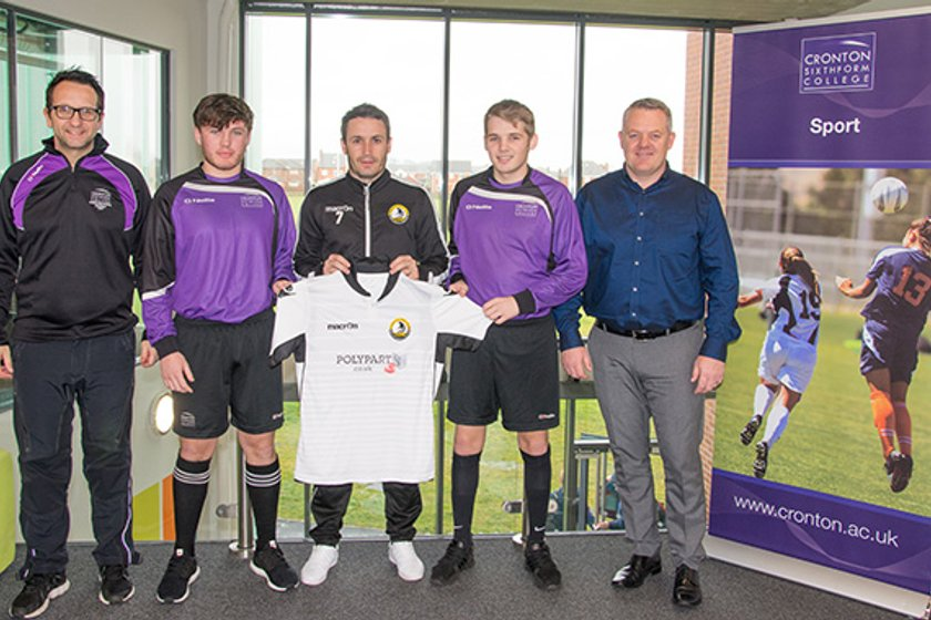 Widnes Football Club teams up with Cronton Sixth Form College