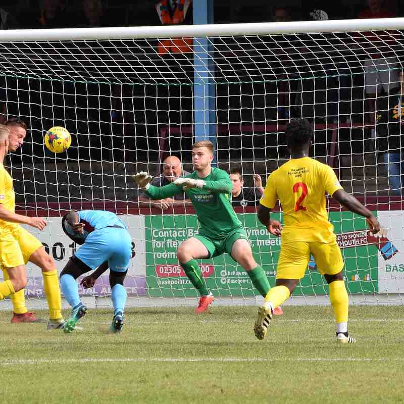 Weymouth 1 v Banbury United 1 (1st half)