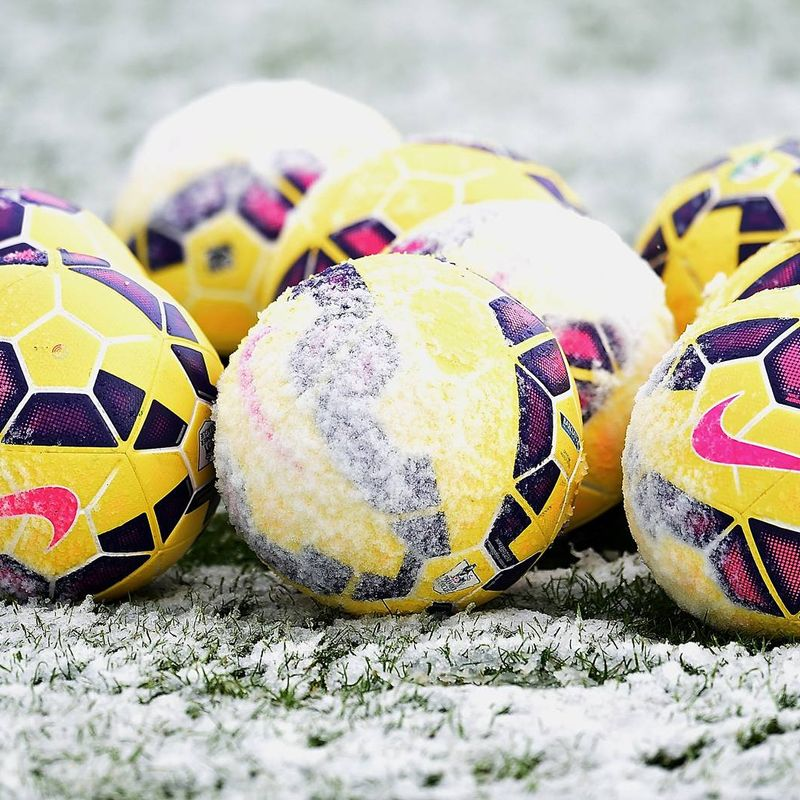 Snow cancels Swindon game