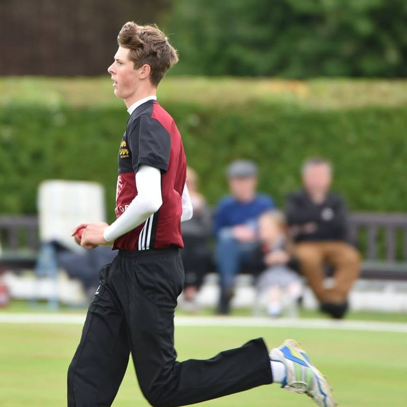 5 wickets for Corran backs up captain's century