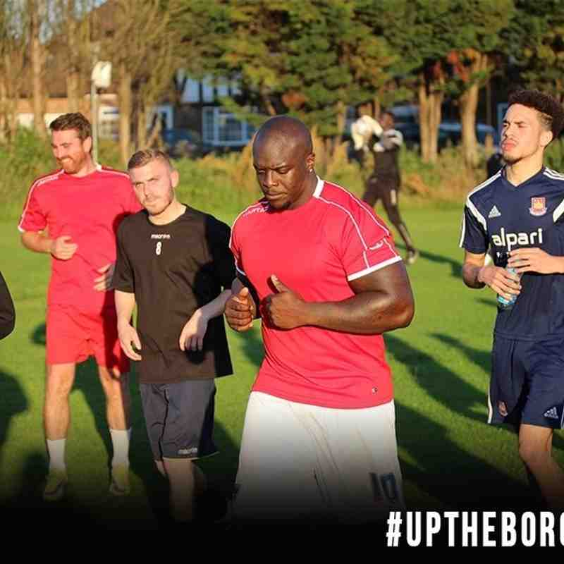 Akinfenwa Trains with The Borough