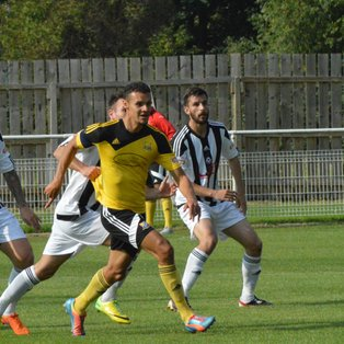 Determined United One Point Off Play-Offs After Coalville Triumph (Video Now Online)