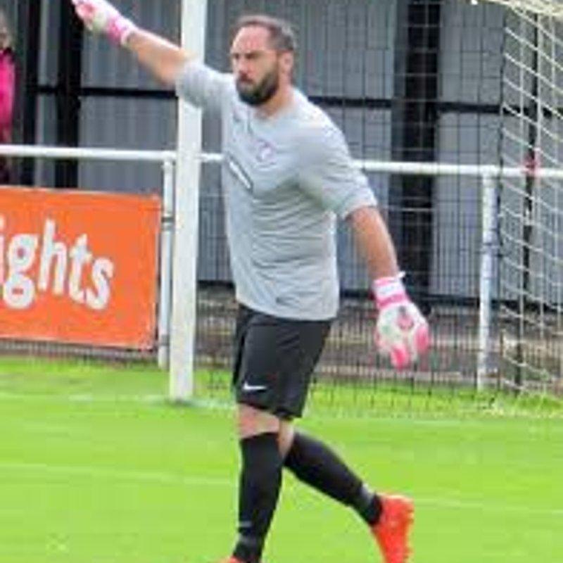 Kennedy signs for Retford Football Club