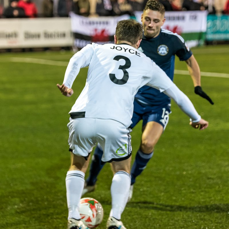 Joyce Screamer Snatches Late Point For Town