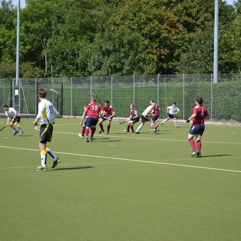 Mens 1st XI lose to Oxford University 2 - 5