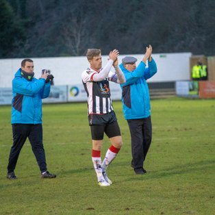 Magpies move nine clear of danger zone