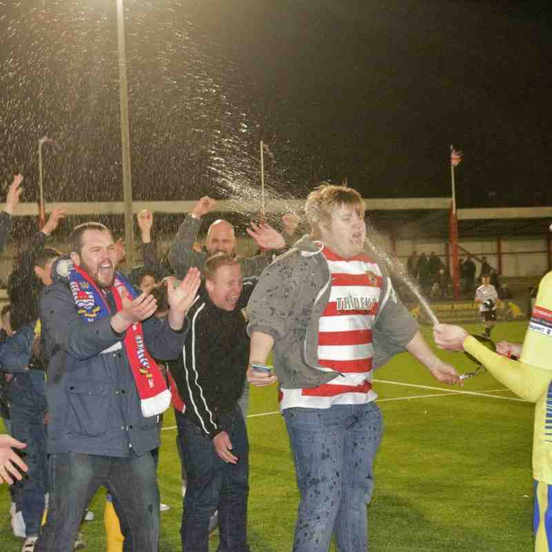 Kingstonian FC - Alan Turvey Cup winners 2016 (Celebrations)