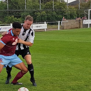 AFC Emley 0-0 Penistone Church
