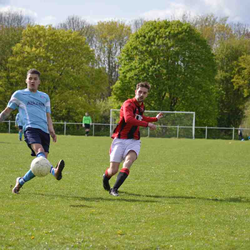Bradley Burgess gets a shot away - courtesy of Owen Morris