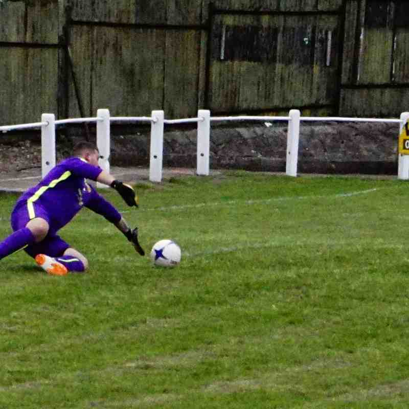 Lemon shoots vs Gornal Athl (A) photo courtesy of Mathew Mason