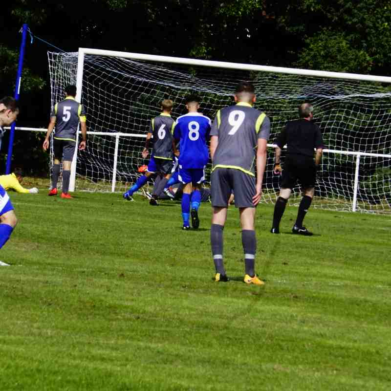 Darlaston equalise vs Darlaston Town (A) courtesy of Mathew Mason