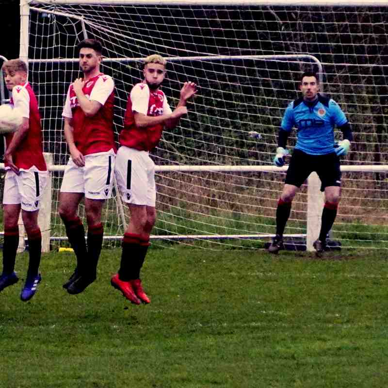 Saltmen defend a free kick vs Bustleholme (A) photo courtesy of Mathew Mason