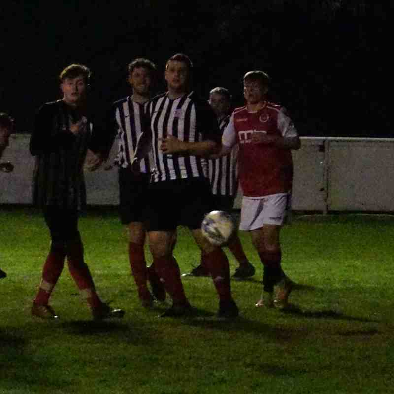 Matty Hunt heads for goal vs Wyrley (H) photo courtesy Mathew Mason