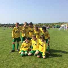 U9 Tornadoes - Sandhurst Town Boys & Girls FC Tournament -  Winners!