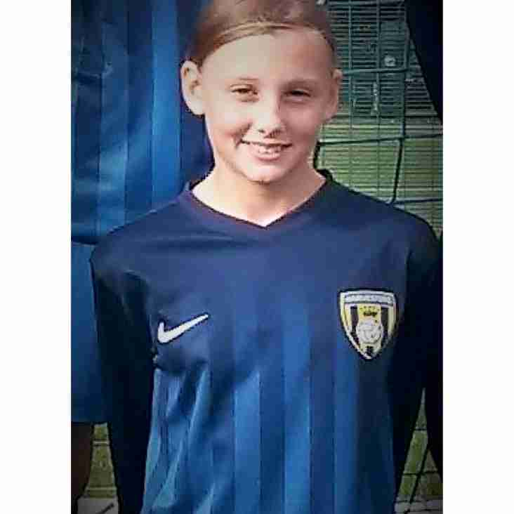 Millie Constantine Signs for Arsenal
