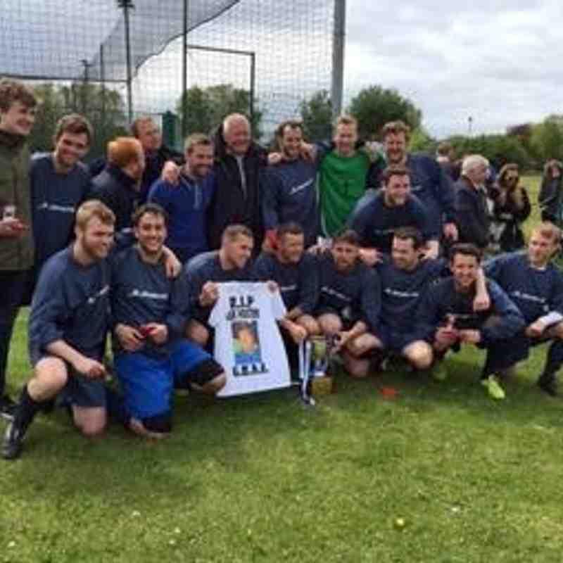 WOODSTREET SUNDAY CUP FINAL WIN 2015