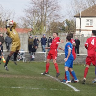 Football 3 -1 Rugby as Grays defeat Aveley at Rush Green