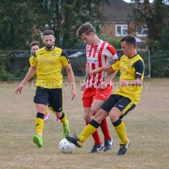 Photos : Easington Sports 0 North Leigh 3