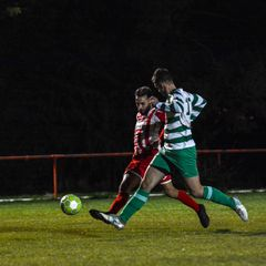 Photos : Easington Sports 3 Thame Rangers 1